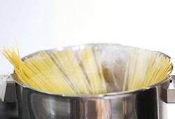 写真:調理器具